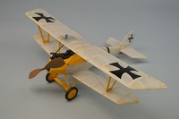 Dumas: Pfalz D3 Biplane - Model Kit