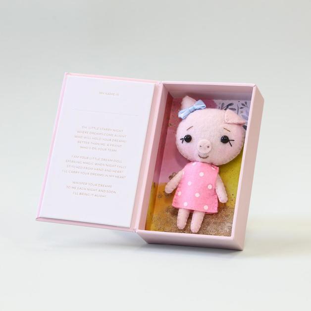 Short Story: Dream Doll - Pig