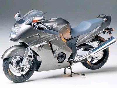 "Tamiya Honda CBR 1100XX ""Super Black Bird"" 1:12 Kitset Model image"