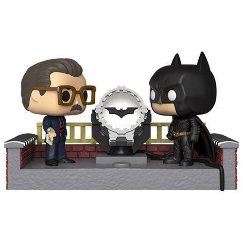 DC Comics: Batman, Gordan & Bat-Signal (Light-Up) - Pop! Movie Moment Vinyl