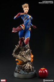 Marvel: Captain Marvel - Premium Format Figure image