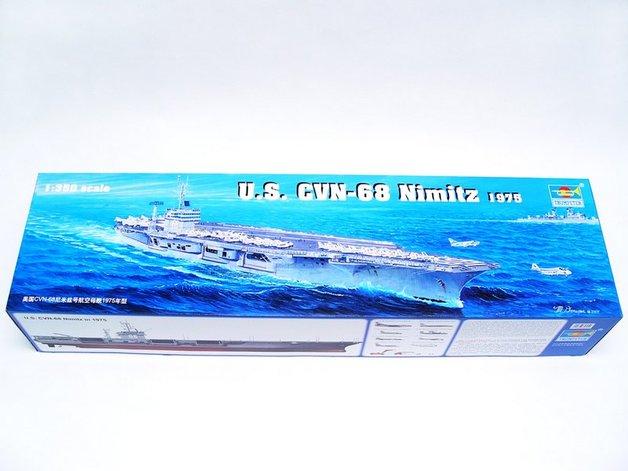 Trumpeter 1/350 CVN-68 Nimitz 1975 - Scale Model