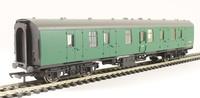 Hornby: BR Mk1 Parcels Coach - BR Green