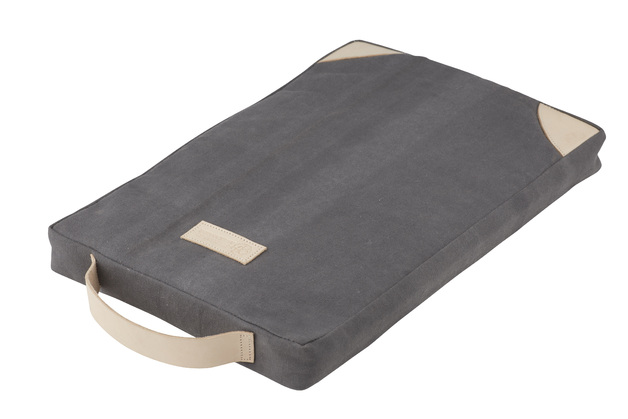 Stephanie Alexander: Garden Kneeling Pad (39.5x25.5x4cm)