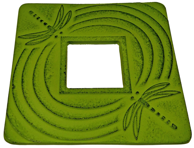 Teaology: Green Dragonfly Cast Iron Trivet