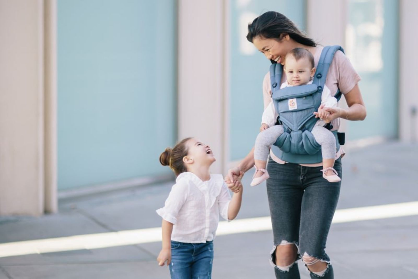 Ergobaby Omni 360 Cool Air Mesh Carrier - Oxford Blue image