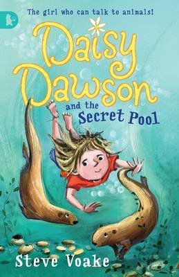 Daisy Dawson And The Secret Pool: Racing by Steve Voake image