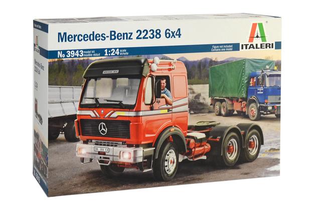 Italeri 1/24 Mercedes Benz 2238 6X4 - Model Kit
