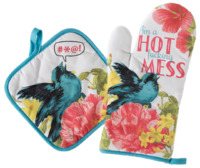 Sourpuss: Hot Mess Oven Mitt Set