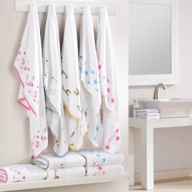 Aden + Anais Jungle Jam Toddler Towel image