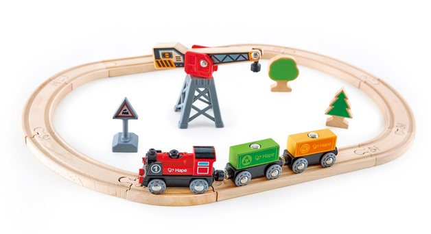 Hape: Cargo Delivery Loop - Wooden Railway Set