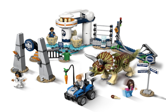 LEGO Jurassic World - Triceratops Rampage (75937)