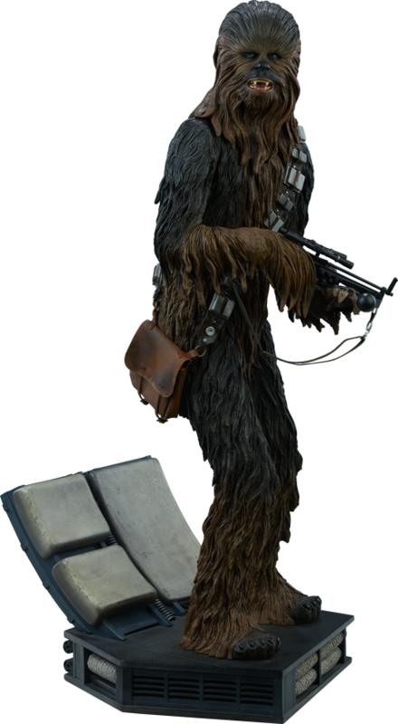 Star Wars: Chewbacca Premium Format Statue