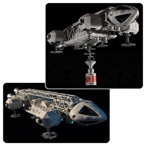 Space 1999: 1:48 Eagle with Cargo Pod - Model Kit image