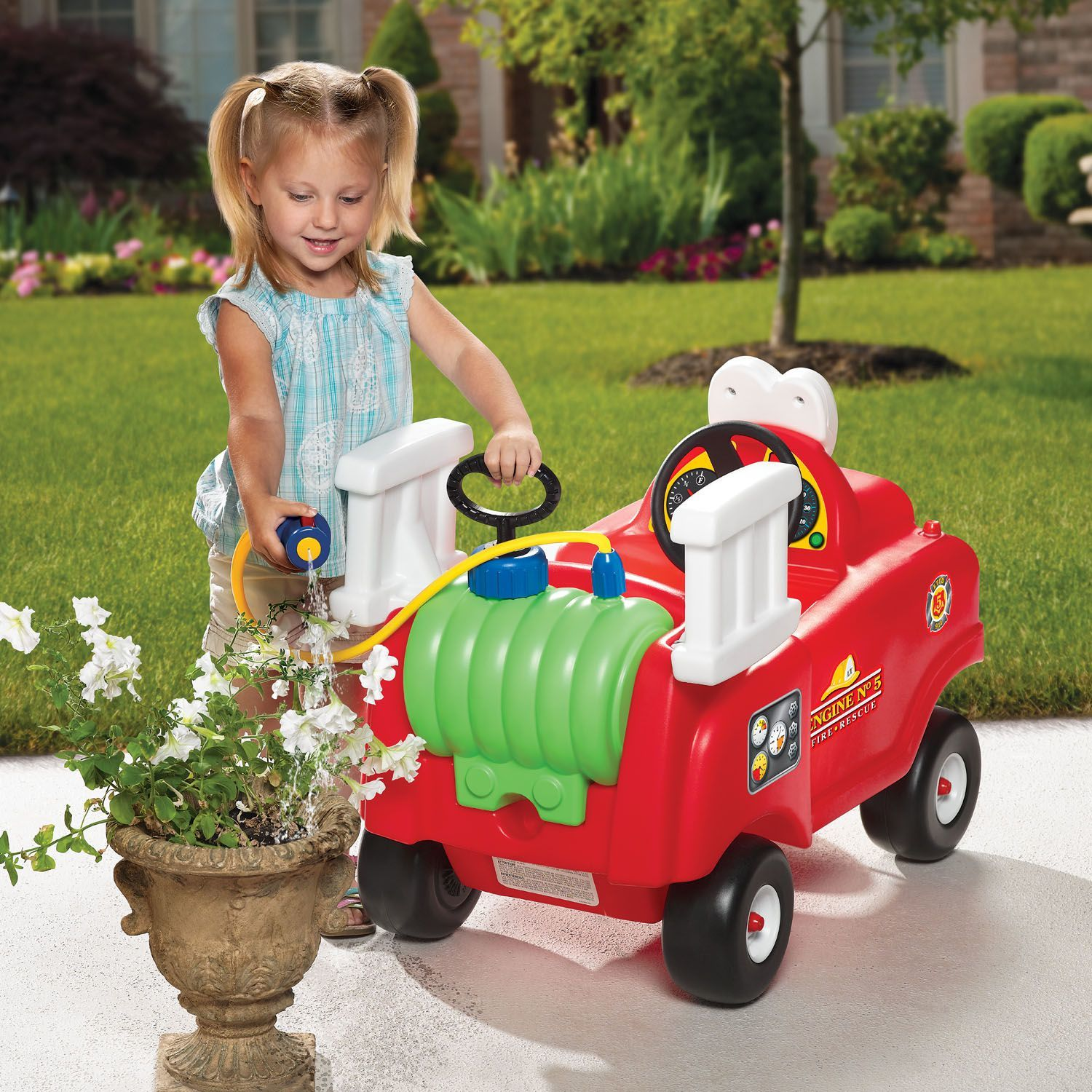 Little Tikes: Spray & Rescue - Fire Truck image