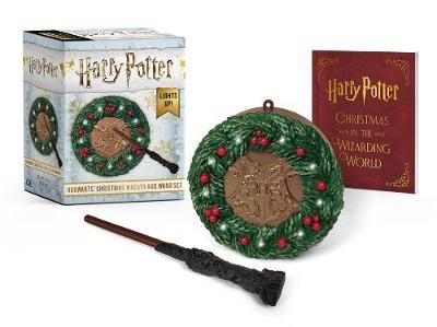 Harry Potter: Hogwarts Christmas Wreath And Wand Set by Donald Lemke