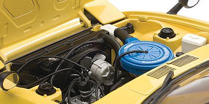 AUTOart 1979 Mazda Savanna RX-7 (SA) 1:18 Diecast Model - Spark Yellow image