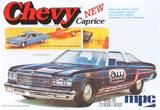 MPC 1976 Chevy Caprice with Trailer 1/25 Model Kit