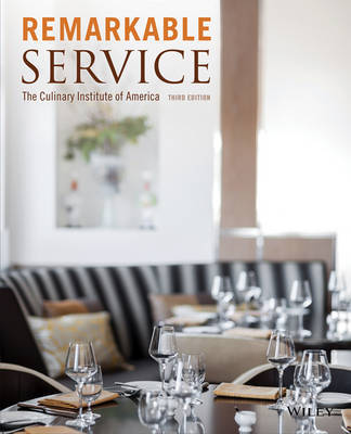 Remarkable Service by The Culinary Institute of America (CIA)
