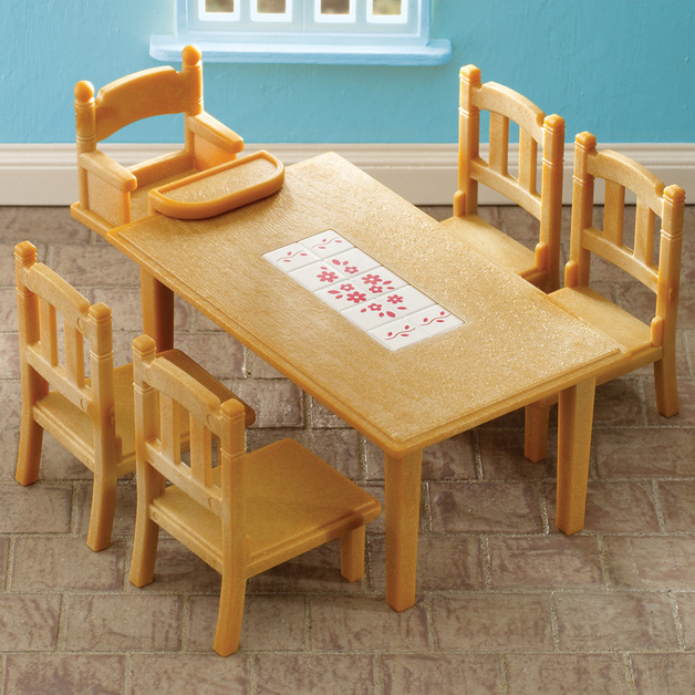 Sylvanian Families: Family Tables & Chairs