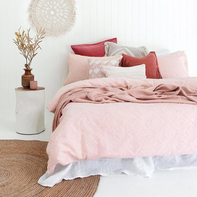 Kokomo Quilt Cover Set - Queen (Pink)