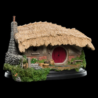 Lord of the Rings: Farmer Maggot's Hobbit Hole - by Weta