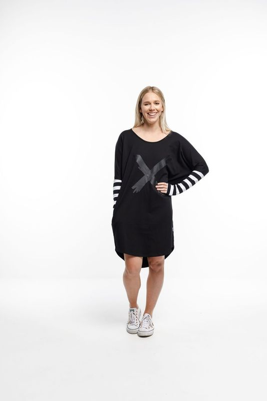 Home-Lee: Batwing Dress - Black With Stripes And X Print - 8