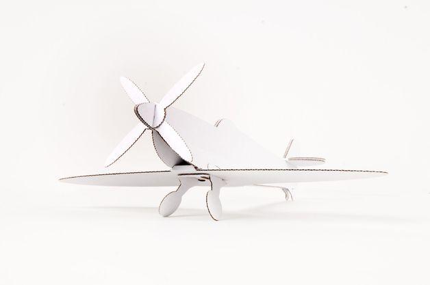 Leolandia Spitfire (White)