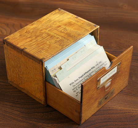 Card Catalog: 30 Library Book Notecards & Envelopes by Chronicle Books