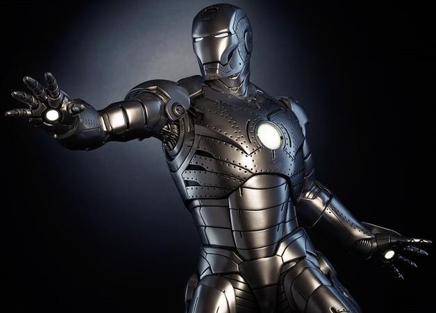 Iron Man - Mark II 1:4 Scale Maquette