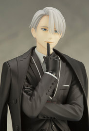 Yuri!!! On Ice: 1/8 Victor Nikiforov - ARTFX-J Figure