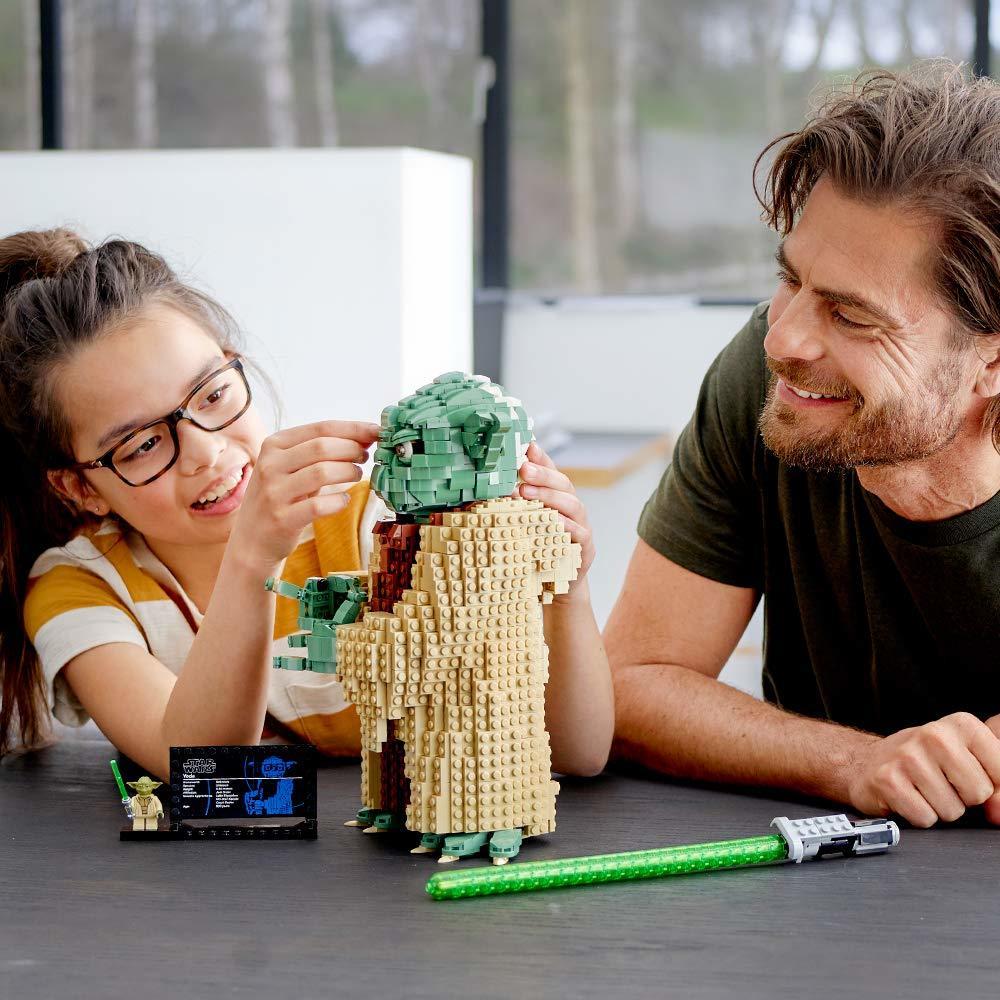 LEGO Star Wars - Yoda (75255) image