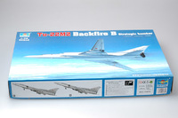 Trumpeter 1/72 Tu-22M2 Backfire B Strategic bomber - Scale Model