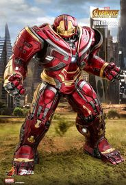 "Avengers Infinity War: Hulkbuster - 19"" Power Pose Figure"
