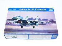 Trumpeter 1/32 Sukhoi Su-27 Flanker B - Scale Model