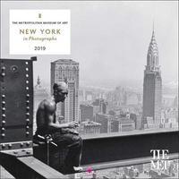 New York in Photographs 2019 Mini Wall Calendar by Metropolitan Museum of Art the