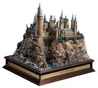 "Harry Potter: 13"" Premium Diorama - Hogwarts School"