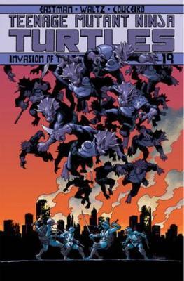 Teenage Mutant Ninja Turtles Volume 19 Invasion Of The Triceratons by Kevin Eastman