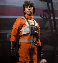 "Star Wars: Luke Skywalker Red 5 X-Wing Pilot 12"" Figure"