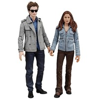 "Twilight 7"" Edward and Bella Action Figure 2-Pack image"