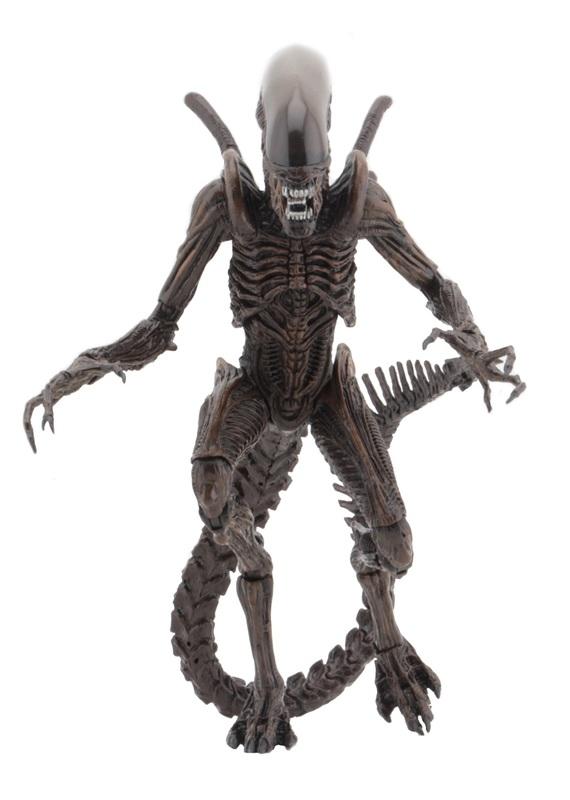 Aliens Resurrection: Xenomorph Warrior - 9″ Articulated Figure