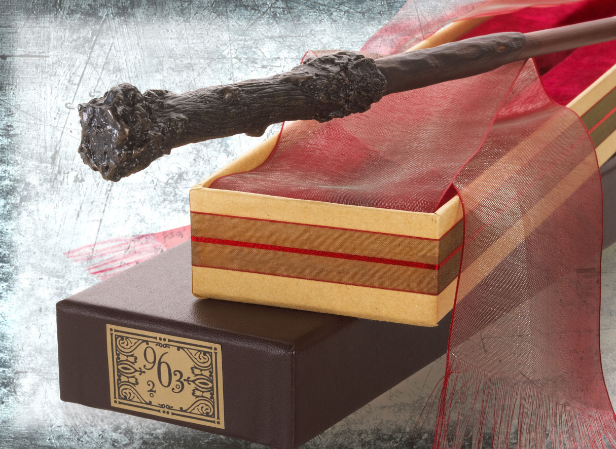 Harry Potter: Premium Replica Wand - Harry Potter image