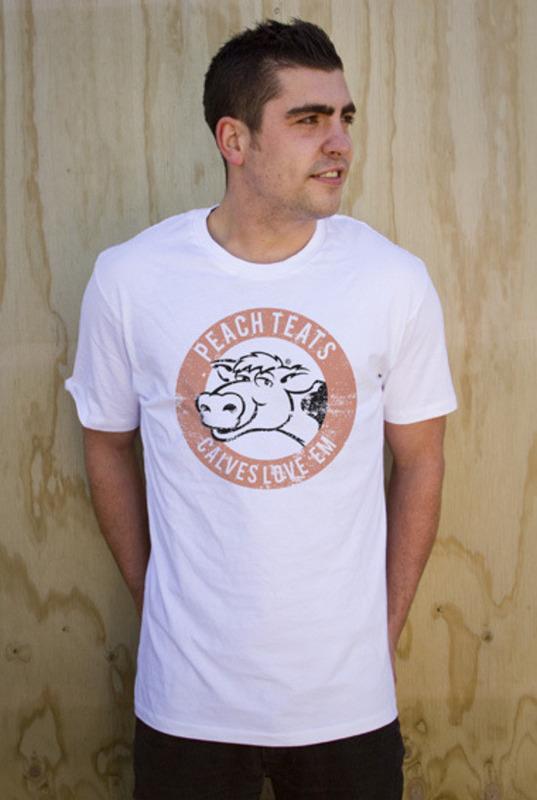 Mr Vintage: Peach Teats Men's T-Shirt - XL