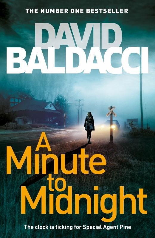 A Minute to Midnight by David Baldacci image