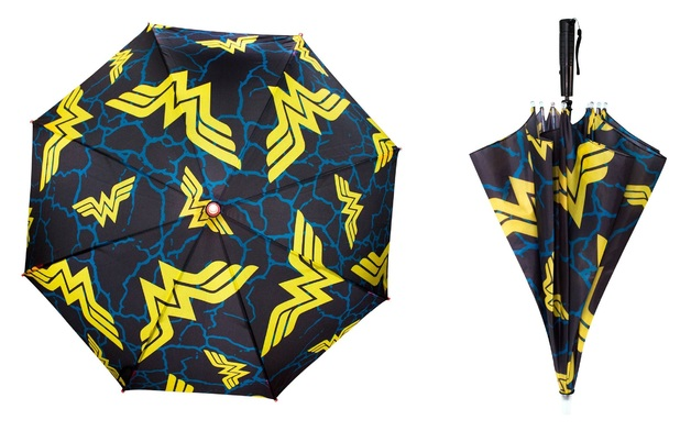 DC Comics: Wonder Woman - LED Umbrella