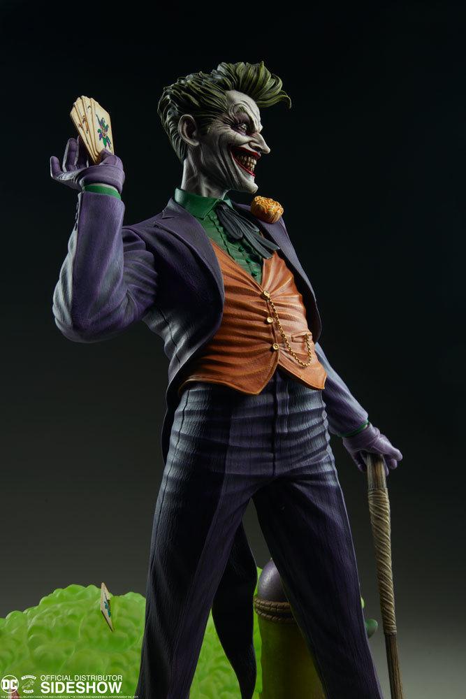 DC Comics: Joker - Super Powers Maquette Statue image