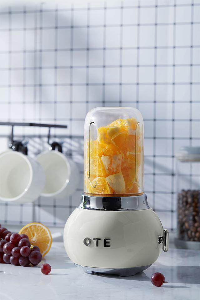 OTE Retro Style Electric Smoothie Blender - Cream image