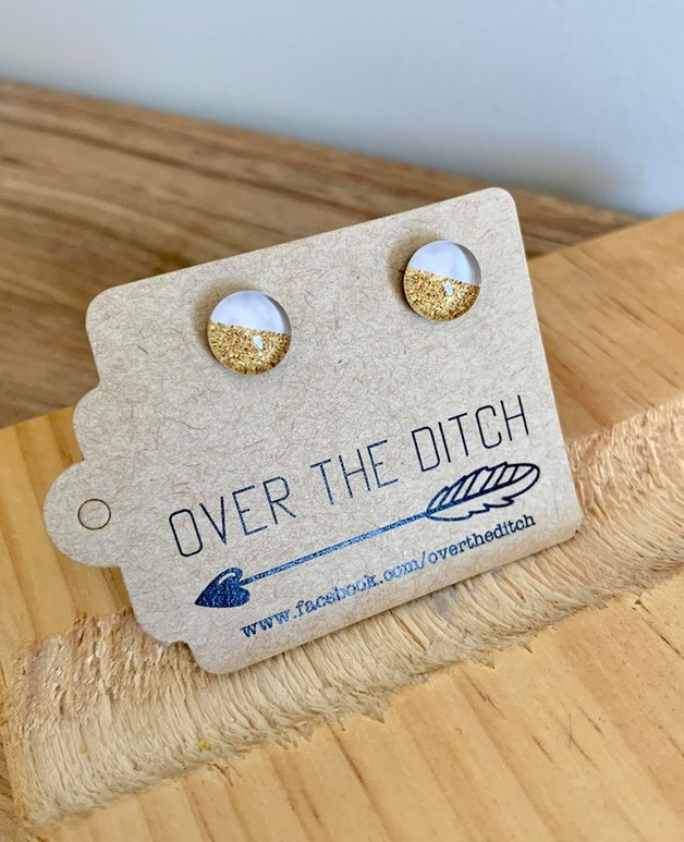 Over the Ditch: Dome Earrings - White/Gold (8mm)