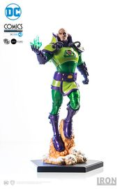 DC Comics: Lex Luthor - 1:10 Scale Statue