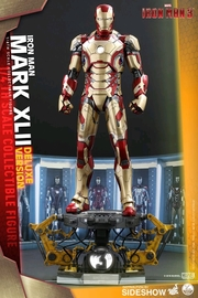 Marvel - Iron Man Mark XLII (Deluxe) 1:4 Scale Figure